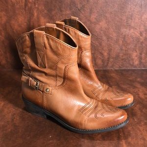 FRANCO SARTO Leather Cowboy Boots